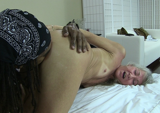 Leilani lei meets shimmy trailer - 3 part 4