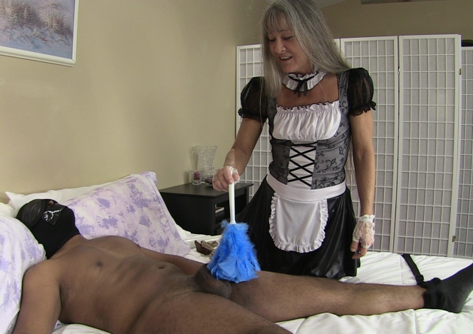 content/maid_finds_bound_slave_again/0.jpg