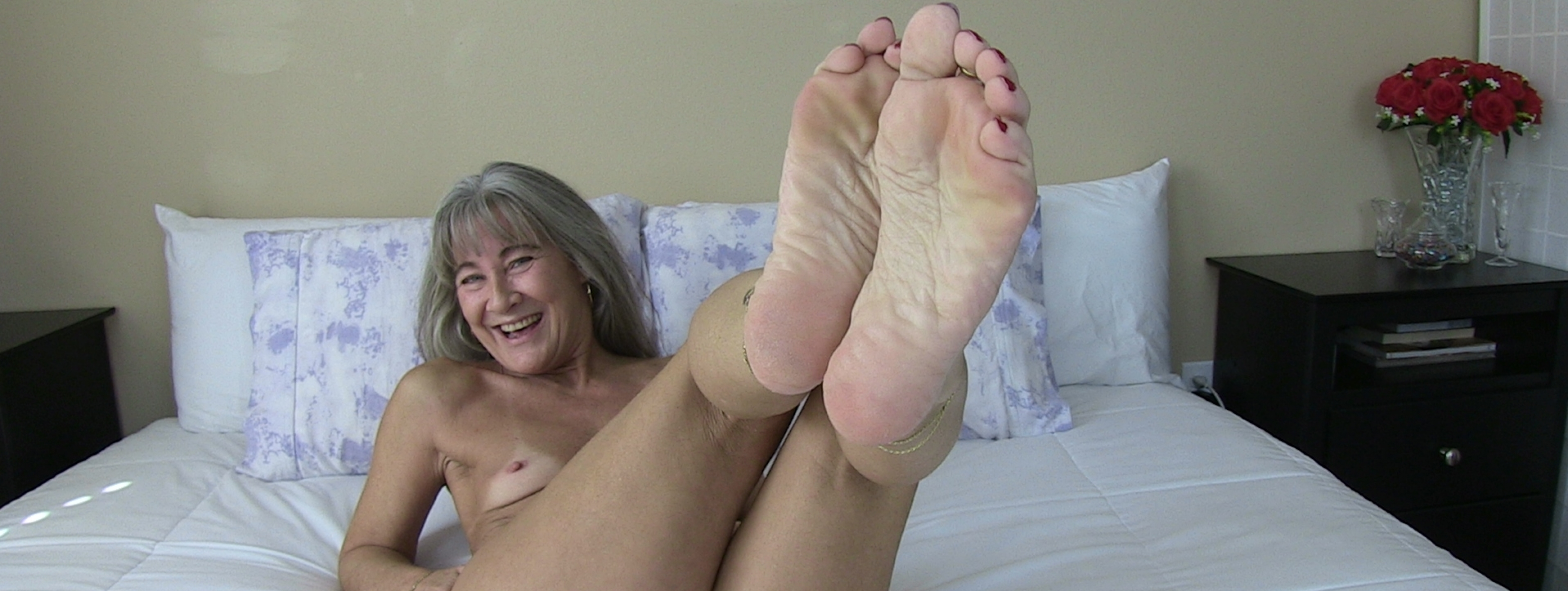 content/pov_foot_worship_joi_10/8.jpg
