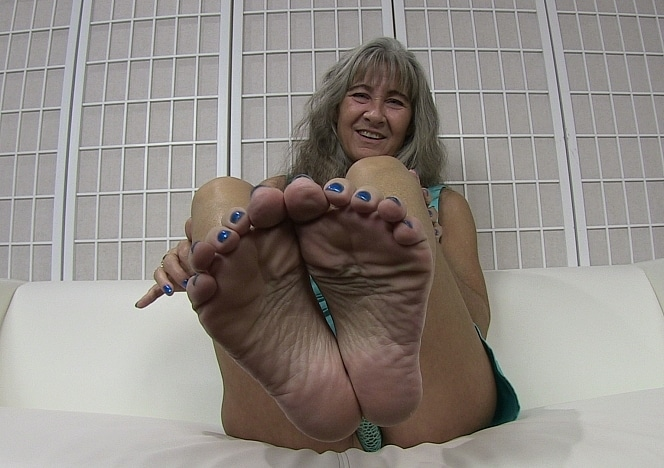 content/pov_footworship_joi_9/0.jpg