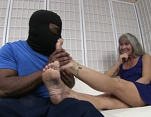 content/secret_foot_job/1.jpg