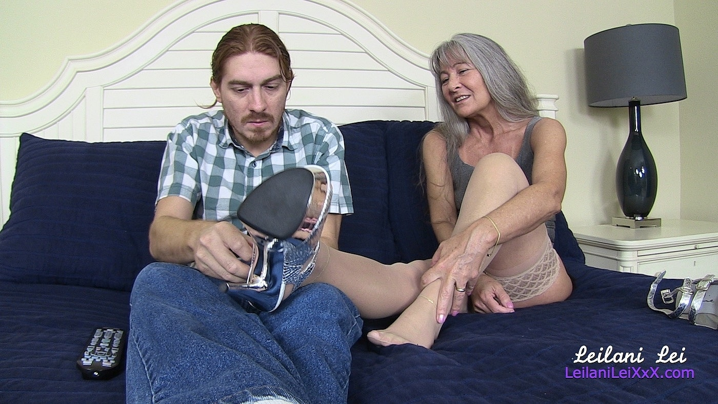 content/stockings_foot_job/4.jpg